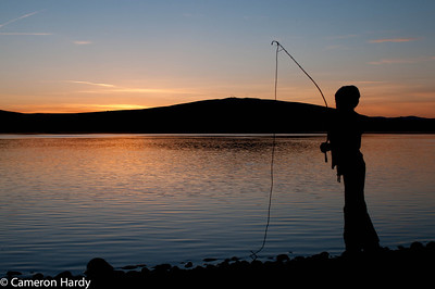 Play fishing on the Columbia River in front of Badger Mountain.